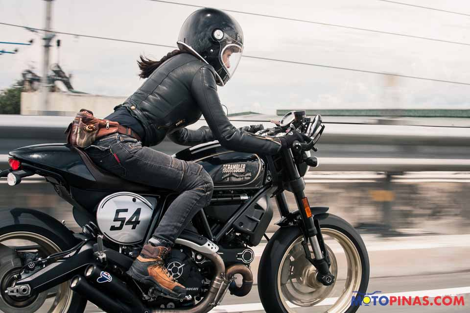 2017 Ducati Scrambler Caf 233 Racer Bike Reviews